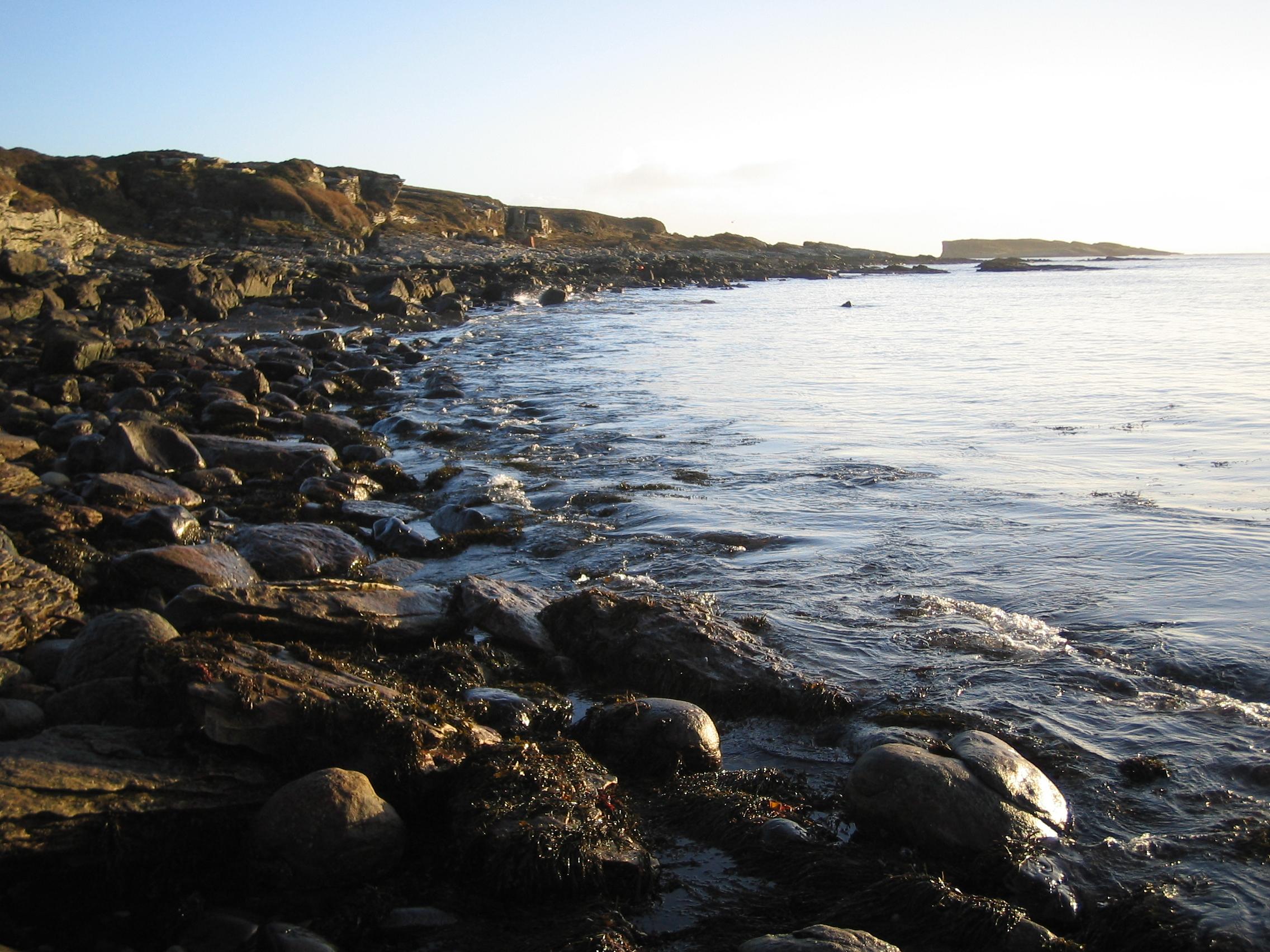 Lagmhor Bay Skye Shore Line